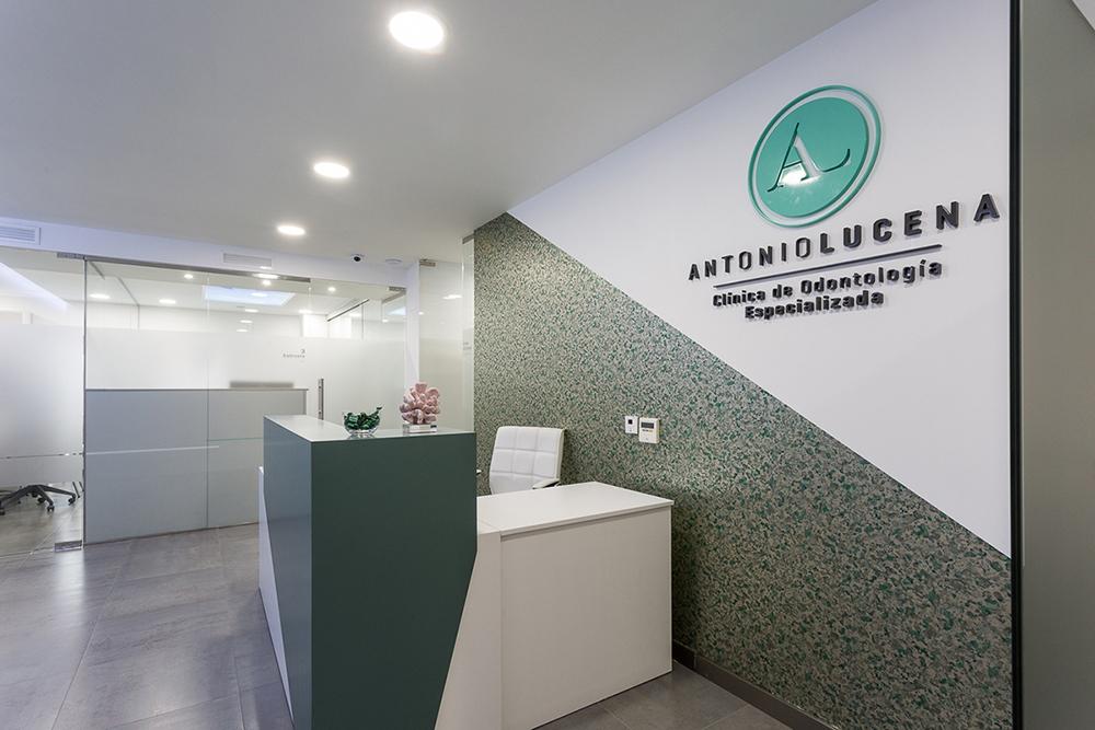 Antonio Lucena Clínica Odontología
